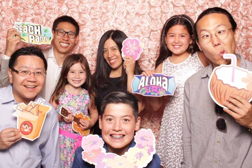 Best Wedding Photo Booth on Oahu